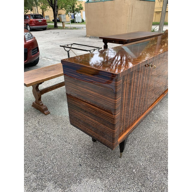 1940s Art Deco Exotic Macassar Ebony Sideboard/Credenza For Sale - Image 4 of 13