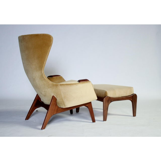 Danish Modern Adrian Pearsall Wing Chair for Craft Associates Model 2231-C and Ottoman For Sale - Image 3 of 11