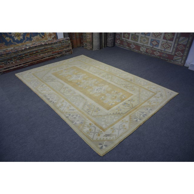 A vintage Turkish rug. Product Code : AMC103 •Size: 6'6″x9'7″ feet ** 201×294 cm •Material : Wool & Wool •Age: Old Rug...