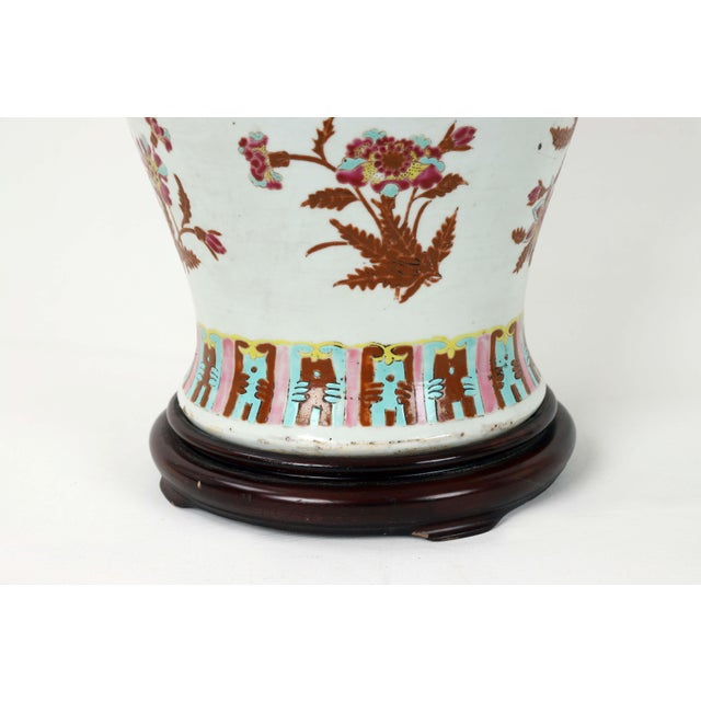19th Century 19th Century Famille Rose Temple Jar Lamp With Wooden Jar Cover For Sale - Image 5 of 6