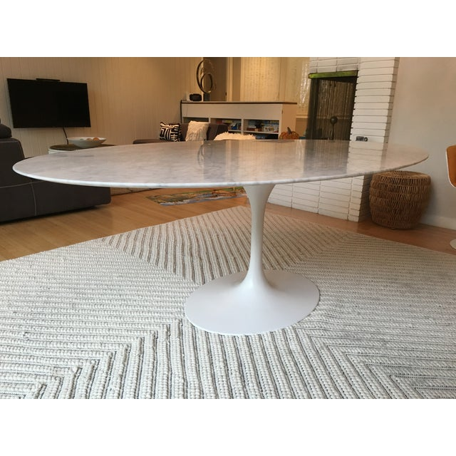 Oval-Shaped Tulip Dining Table For Sale In San Francisco - Image 6 of 6