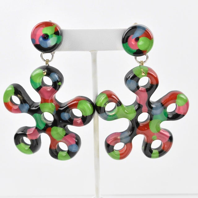 Flower Power Oversized Dangling Multicolor Lucite Clip-On Earrings For Sale In Atlanta - Image 6 of 6