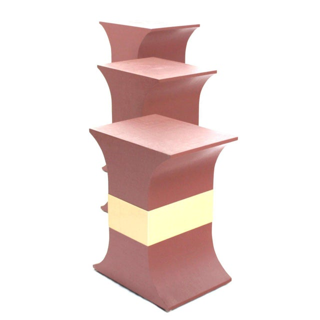 Karl Springer Mid-Century Modern Grasscloth Wrapped Pink Lacquer Brass Trim Pedestals- Set of 3 For Sale - Image 4 of 9