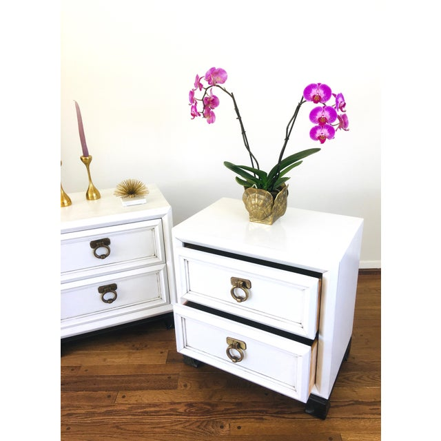 Wood Vintage Hollywood Regency White Mid Century Nightstands or Side Tables, Pair For Sale - Image 7 of 12