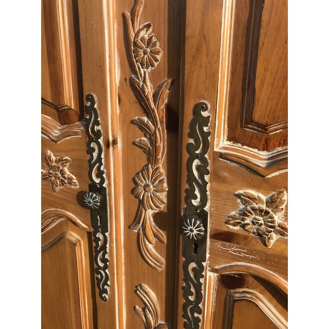 Ethan Allen Ethan Allen Legacy Carved Country French Armoire For Sale - Image 4 of 11