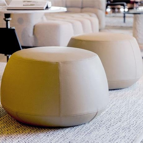 Niels Bendtsen Cream Italian Leather Round Ottoman, Bensen For Sale - Image 4 of 5