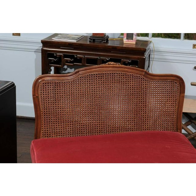 Louis XV Cane & Walnut Daybed For Sale In Atlanta - Image 6 of 6