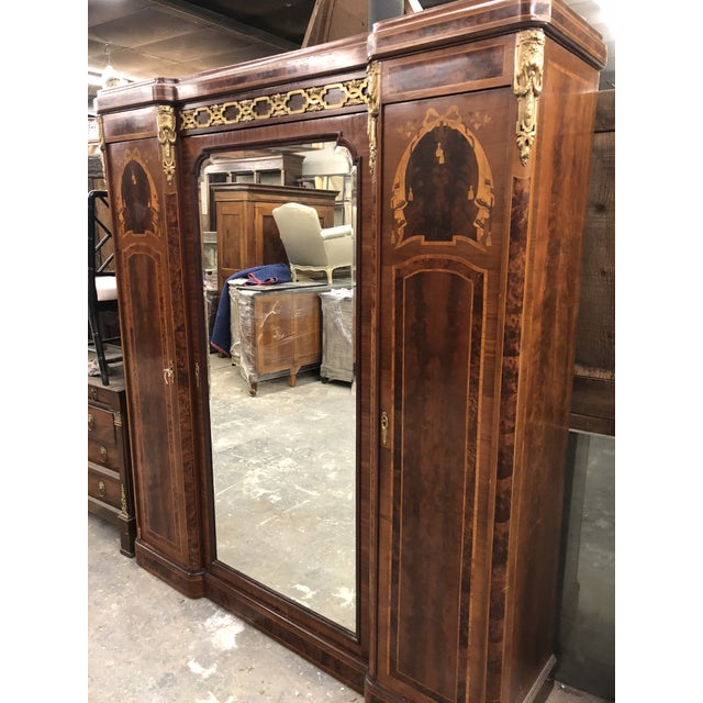19th Century French Neoclassical Mirrored Armoire For Sale In Atlanta - Image 6 of 13