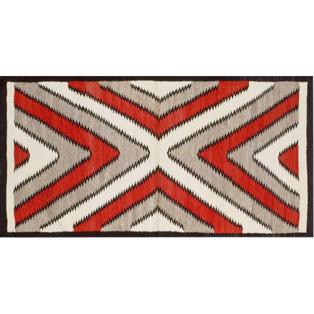 Navajo Style Rug- 2′8″ × 5′ For Sale