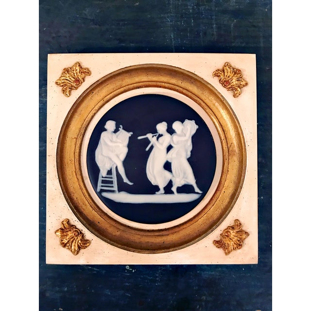 Early century Wedgwood Wall Hanging Decorative Plates . Condition is Used. Beautiful early 20th Century wall hanging...
