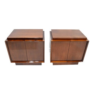 Pair of Art Deco Style Nightstands in Mahogany For Sale