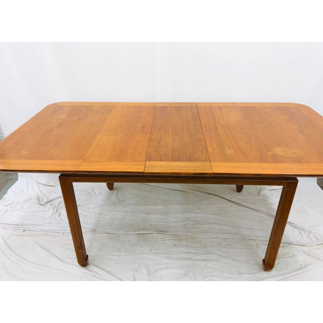1960s Vintage Mid Century Modern Dining Table For Sale - Image 5 of 12