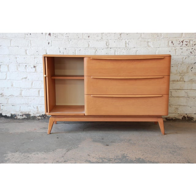 Heywood Wakefield Tambour Door Credenza with Hutch Top For Sale In South Bend - Image 6 of 11