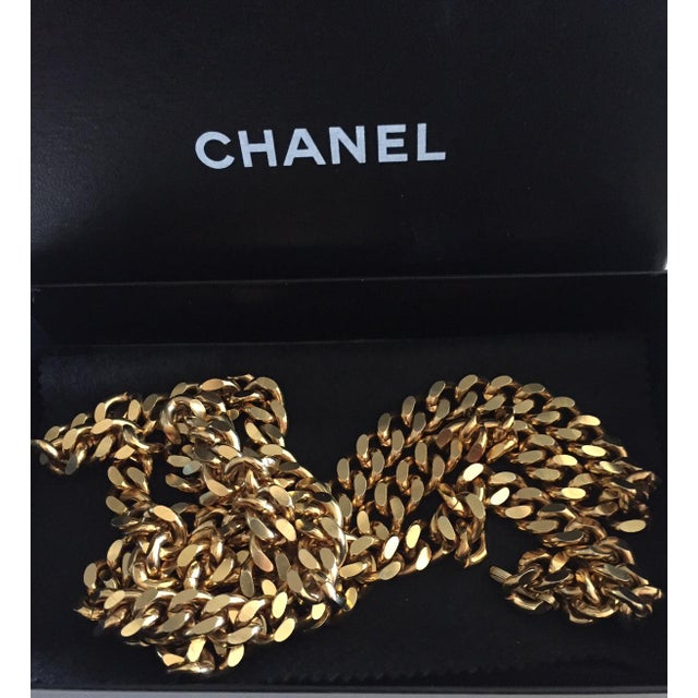 Contemporary Chanel Classic Double Strand Chain Link Belt For Sale - Image 3 of 6