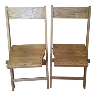 1940s Snyder Rustic Wooden Folding Chairs- - a Pair For Sale