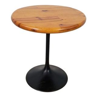 Saarinen Style Mid-Century Metal Tulip Base Side Table For Sale