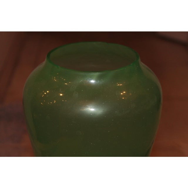 1930s Art Deco Jade Vase For Sale In Miami - Image 6 of 8