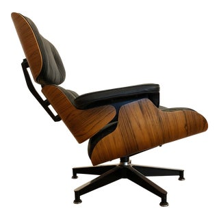 Eames for Herman Miller 670 Lounge Chair, Rosewood Shell, Black Leather For Sale