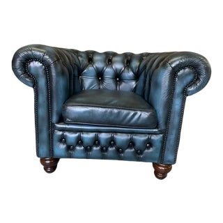 Vintage Mid-Century English Leather Chesterfield Club Chair, Blue For Sale