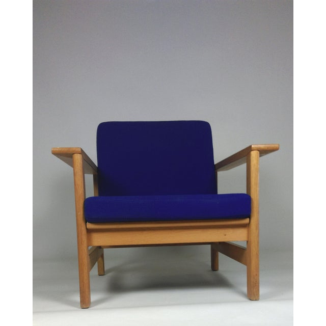 Danish Modern 1980s Frederecia Furniture Soren Holst Danish Oak Lounge/Easy Chair For Sale - Image 3 of 10
