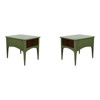 Pair of Mid-Century Single Drawer Nightstands For Sale