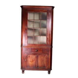 Early 19th Century Antique Walnut Corner Cabinet For Sale