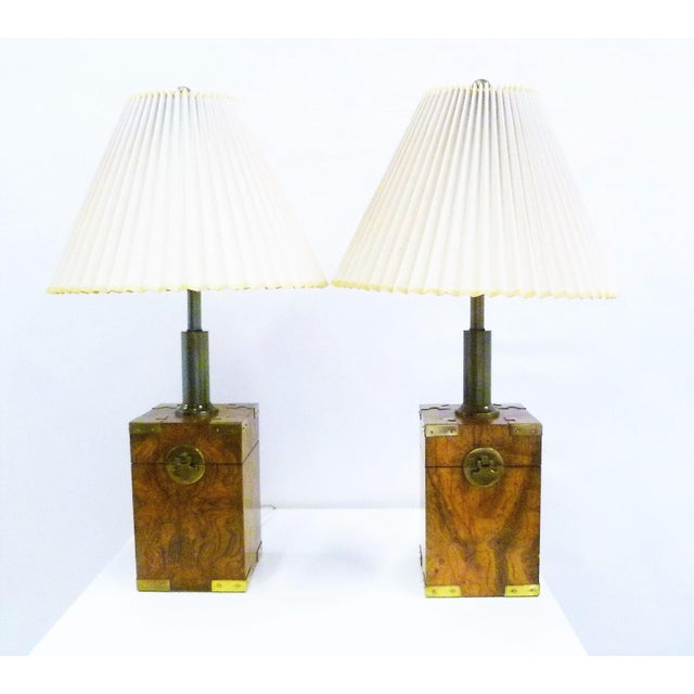 Mid-Century Modern 1970s Campaign Style Burl Wood Faux Tea Box Table Lamps - a Pair For Sale - Image 3 of 13