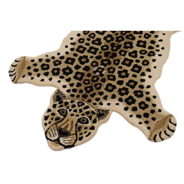 Boho Chic Contemporary Decorate Wild Animal Design Handcuffed Area Rug- 3′ × 5′ For Sale - Image 3 of 11