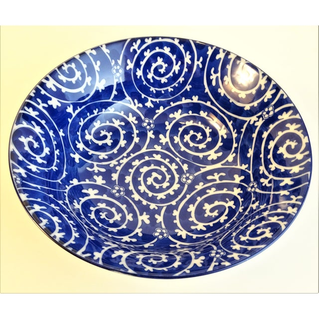 Chinoiserie Blue & White Serving Bowls - A Pair For Sale - Image 4 of 11