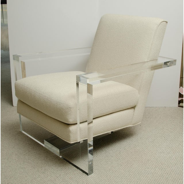 Milo Baughman Pair of Milo Baughman Style Lucite Arm Chairs For Sale - Image 4 of 7