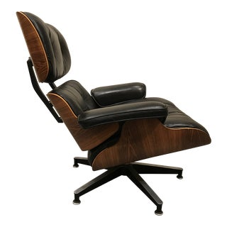 1970s Eames Rosewood Lounge Chair 670 For Sale