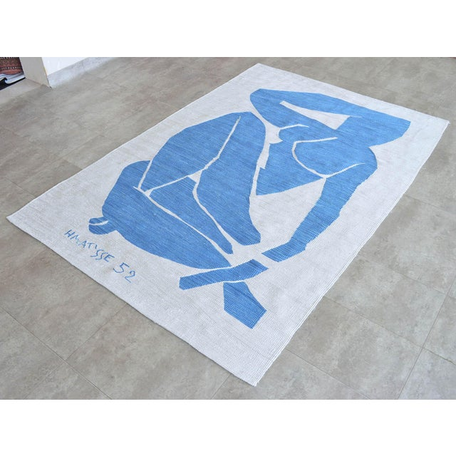 2020s Henri Matisse - Blue Nude 3 - Inspired Silk Hand Woven Flat Weave Area - Wall Rug 4′8″ × 6′10″ For Sale - Image 5 of 12