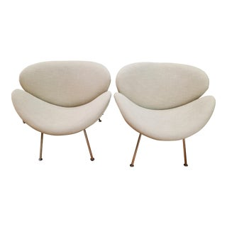 Pair of Tulip Chairs For Sale