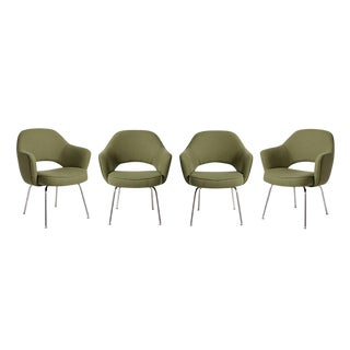 Set of 4 Reupholstered Saarinen Executive Chairs for Knoll Circa 1960s