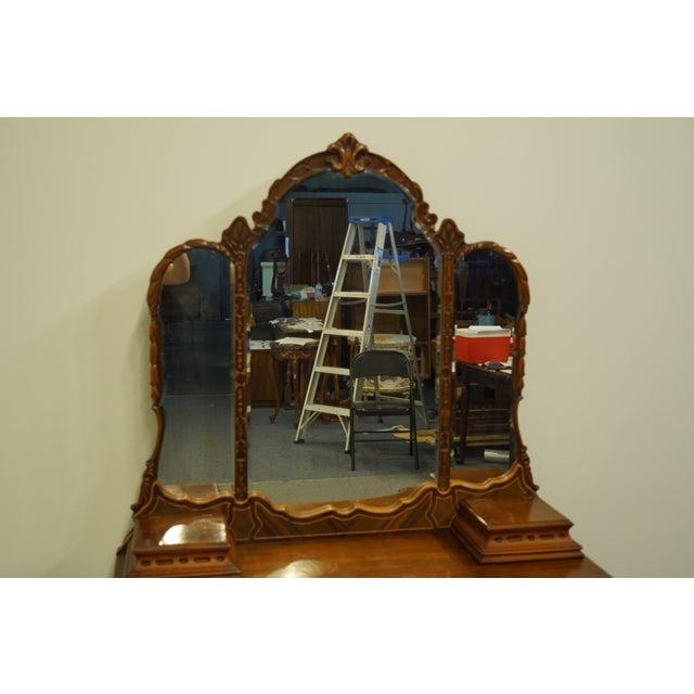 "Bassett Bassett Furniture French Regency Style 47"" Vanity With Mirror For Sale - Image 4 of 13"