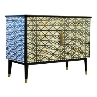 1940s DaVinci Collection Chest of Drawers For Sale