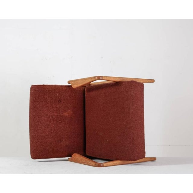 1950s Jens Risom Walnut Lounge Chair with Red-Brown Wool Cushions, USA, 1950s For Sale - Image 5 of 10