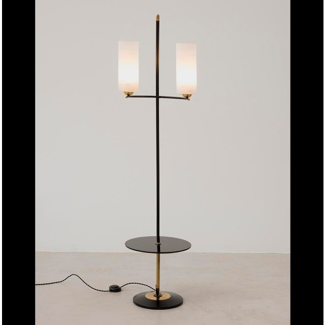 French Floor Lamp in Brass and Black Lacquer with Etched Glass Diffusers, 1950s For Sale - Image 4 of 10