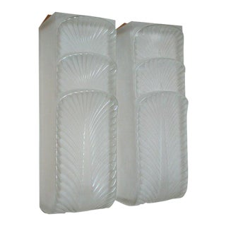 "Pair of ""Languedoc"" Wall Sconces by René Lalique For Sale"