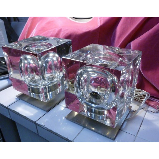 Baccarat 1970's Vintage Robert Rigot- P Baccarat Cube Lamps- A Pair For Sale - Image 4 of 10
