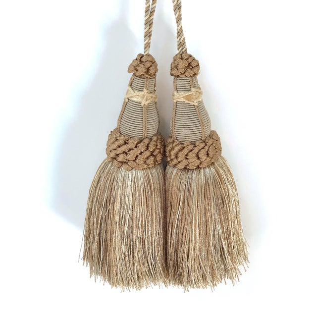 Key Tassels in Khaki and Bronze With Ruche Trim - a Pair For Sale In New York - Image 6 of 12