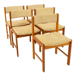 D-Scan Mid Century Teak Upholstered Curved Back Dining Chairs - Set of 5 For Sale