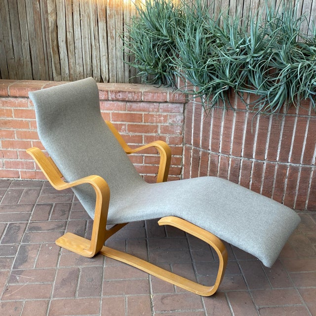 1980s Marcel Breuer Chaise Lounge For Sale - Image 11 of 13