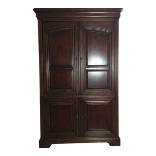 Georgian Stye Sligh-Lowry Furniture Co. Ellis Media Armoire For Sale