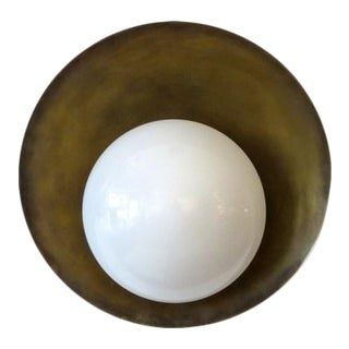 Gallery L7 'Concha' Brass Wall Light For Sale