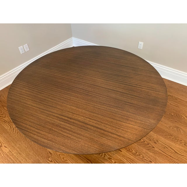"Mid Century Modern Eero Saarinen Walnut Top Tulip Dining Table - 54"" For Sale In New York - Image 6 of 12"