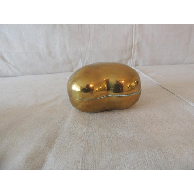 2000 - 2009 Vintage Gold Jewelry Box in the Shape of a Heart For Sale - Image 5 of 6