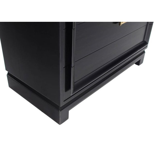 Lacquer Vintage Mid-Century Black Lacquered 4-Drawer Bachelor Chest For Sale - Image 7 of 10