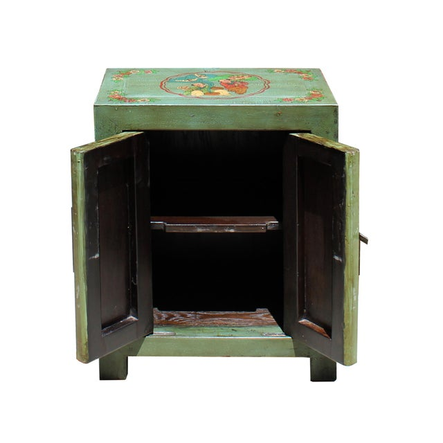 Distressed Grass Green Lacquer Graphic Side End Table Nightstand For Sale In San Francisco - Image 6 of 8