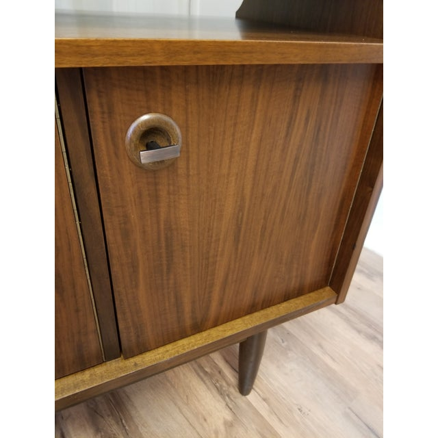 Metal 1960s Mid Century Bookcase For Sale - Image 7 of 13